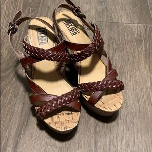Brown wedges!
